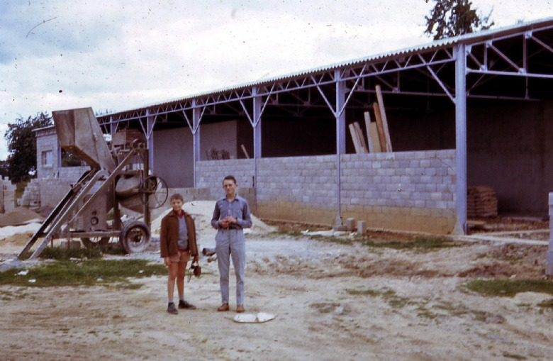 1963 : Construction de l'usine de cassage (Jean Michel et Christian Corson)