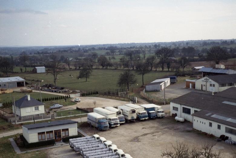 1967 : Camions pour la collecte du lait livré à Besnier