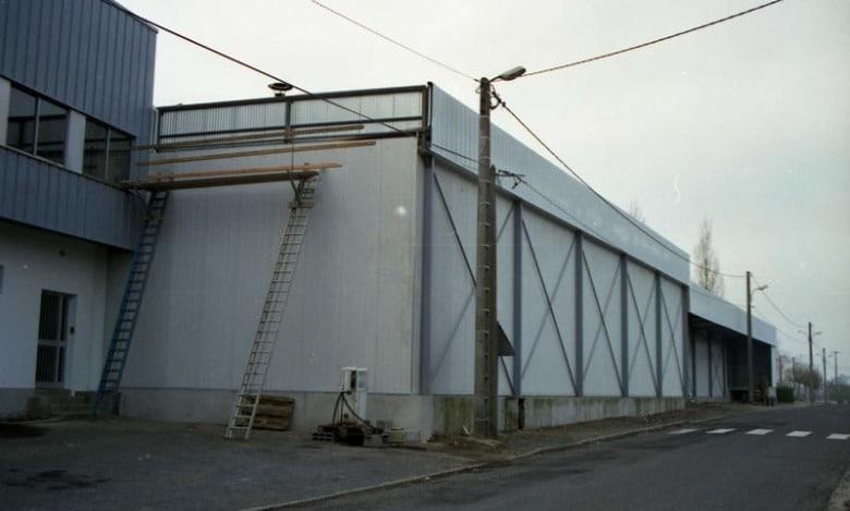 1987 : Mise aux normes des bâtiments