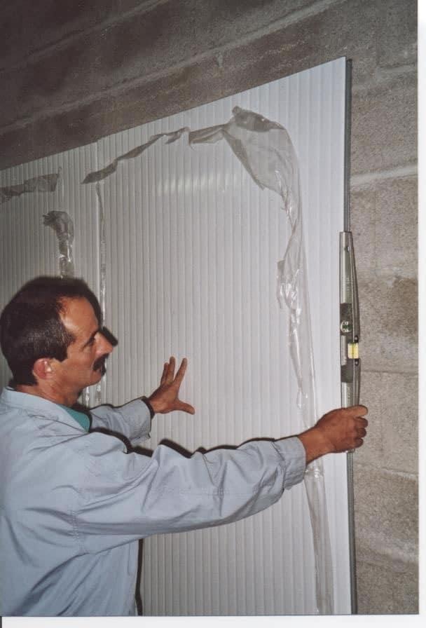 1996 : Le b-a ba du panneau en doublage de mur