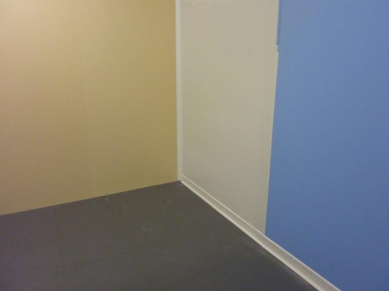 Plaques PVC de couleur blanche crème ou bleu pâle Angles de couleurs ...toujours disponible sur stock