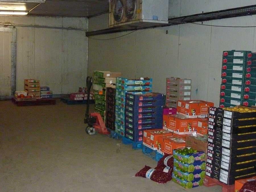 La Société SODIAL dirigée par Bruno Verscheure avait passé commande le 21 octobre 1995 à MAINE AGROTEC de panneaux pour réaliser une chambre froide pour l'entreposage de fruits et légumes.