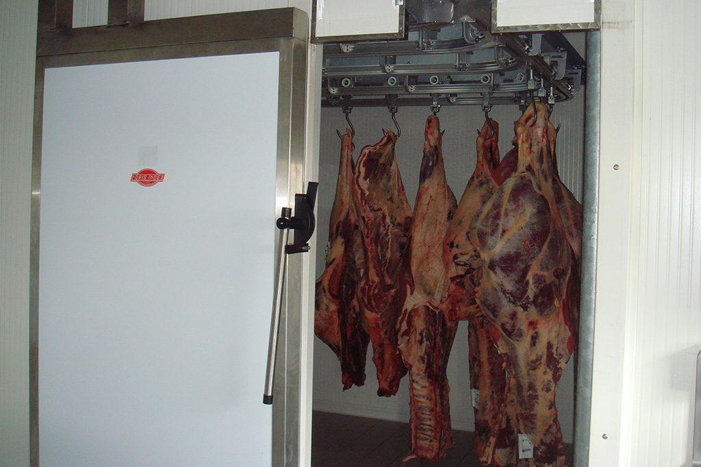 Porte frigorifique coulissante avec poignée inox