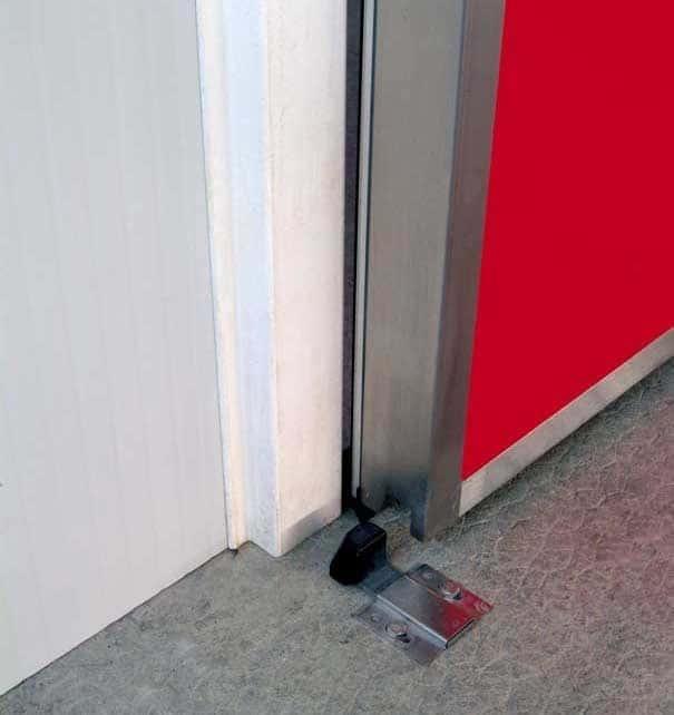 Portes frigorifiques industrielles MA 95 cadre inox