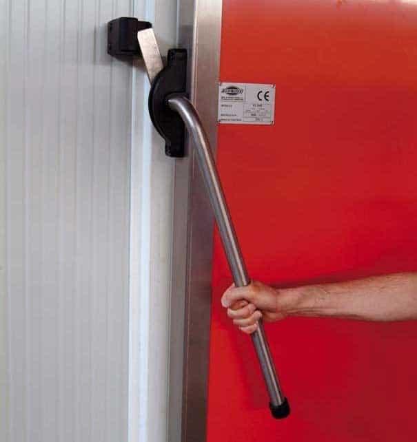 Portes frigorifiques industrielles MA 95 poignée inox