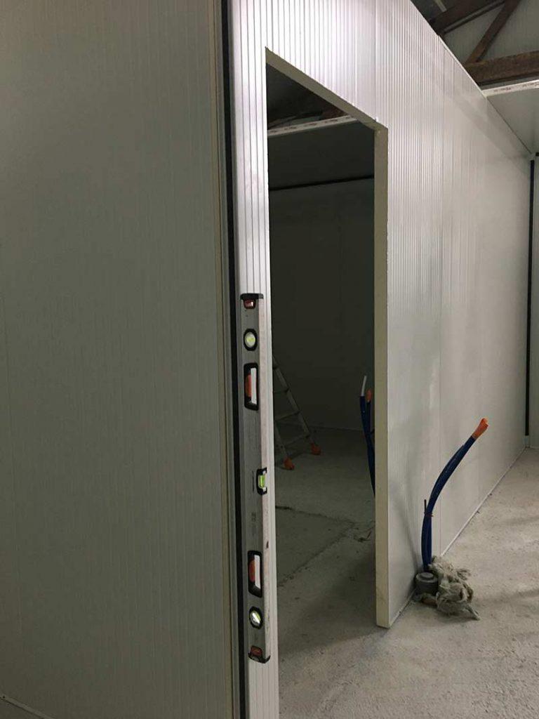 Laboratoire de produits laitiers avec panneaux Maine Agrotec