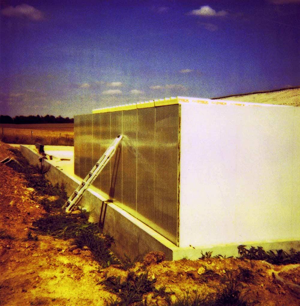 Installation de panneaux sandwich Maine Agrotec en 1995
